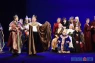 Коласовцы показали праздничную постановку по случаю 90-летия театра