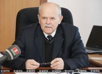 Анфимов провел в Поставах прямую телефонную линию с жителями района