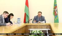 Зампред Витебского облисполкома провел прямую телефонную линию