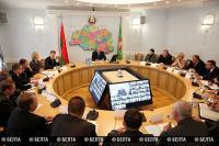 Шерстнёв провел прямую телефонную линию с жителями Витебской области