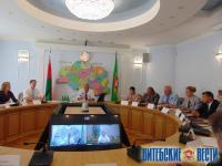 Николай Шерстнёв провел «прямую линию» с жителями Витебщины